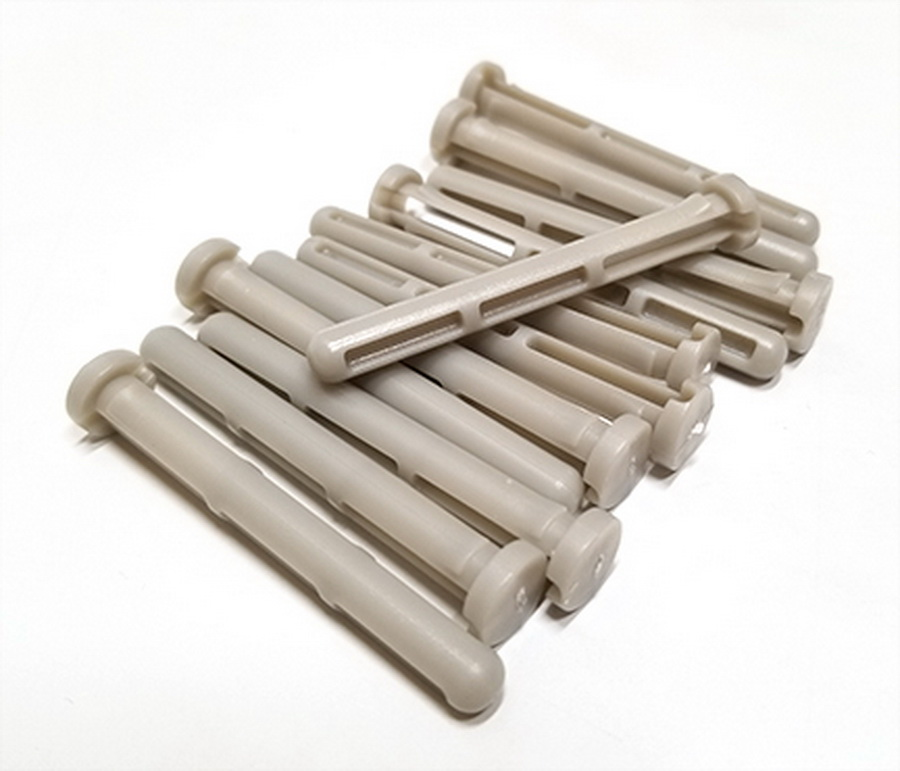 Bluefig Thread Carrier Pins (Set of 12)