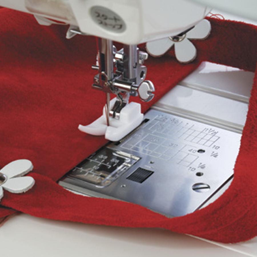 Janome Ultra Glide Needle Plate & Ultra Glide Foot - 202201005