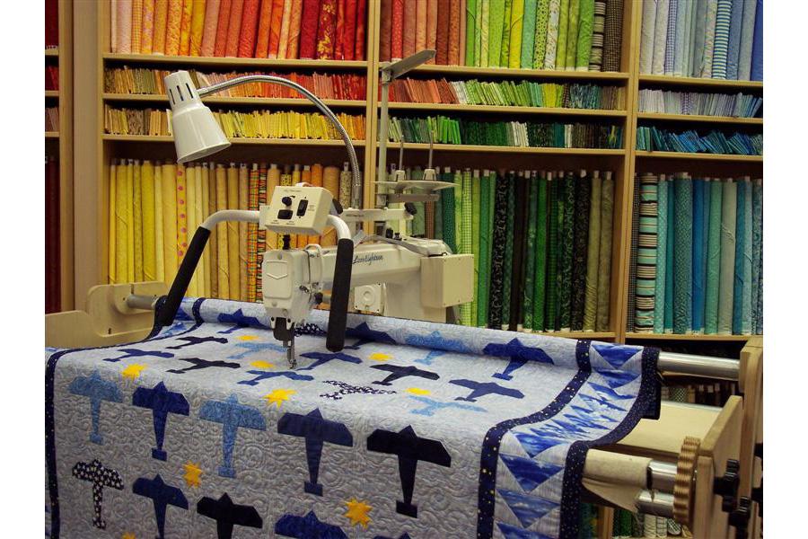 Lizzie 18 Long Arm Quilting Machine w/ Stitch Regulator & Frame ... : table top quilting machines - Adamdwight.com