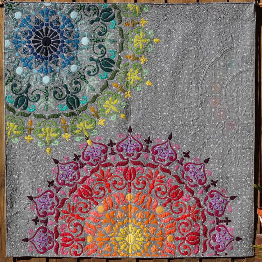 Hoffman Fabrics Mandalicious Quilt Fabric Kit by Carolyn Murfitt of Free Bird Quilting Designs