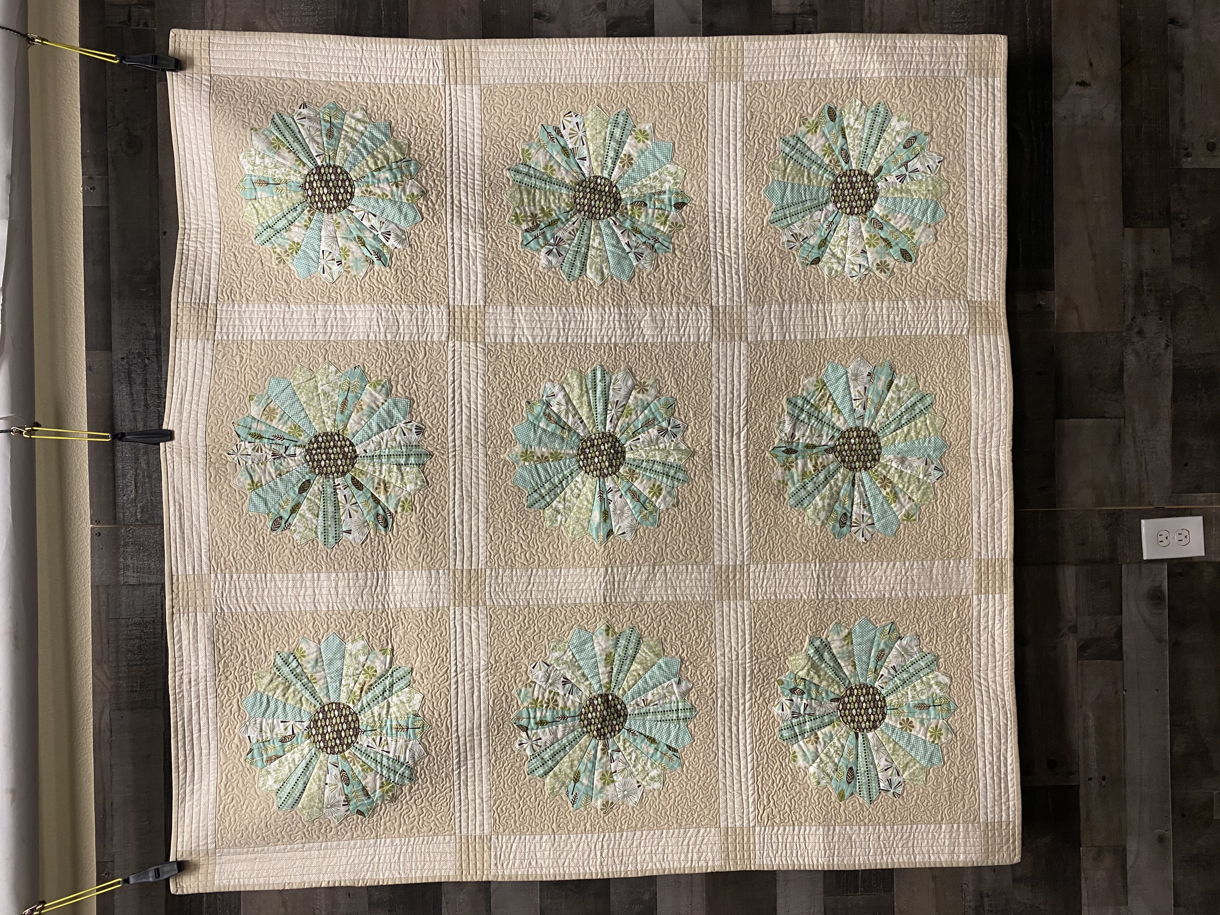 a.Full quilt front