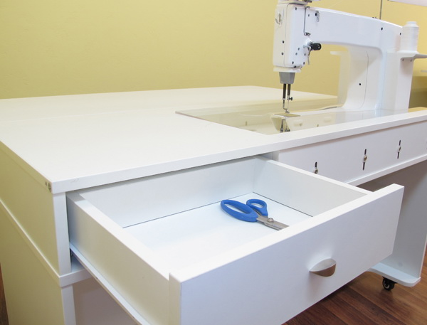 Arrow Quilty 1311 Cabinet Crisp White