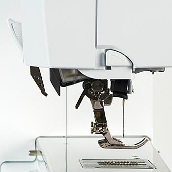 Bernina Dual Feed for Hard-to-manage Fabrics