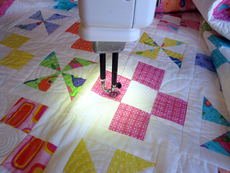 Handi Quilter Sweet Sixteen Sit Down Quilting Table Amp More
