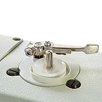 Built-In Bobbin Winder