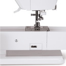 Singer FUTURA XL-550 Sewing, Quilting and Embroidery Machine & 3900 Designs!